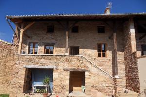 Façade maison en joints de pierres(Chevagny-lès-Chevrières)Avant Travaux