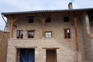 Façade maison en joints de pierres(Chevagny-lès-Chevrières)Après Travaux