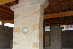 Pilier en pierres(Crêches-sur-Saône)Après Rénovation